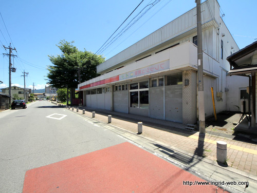 ♠稲荷山店舗9