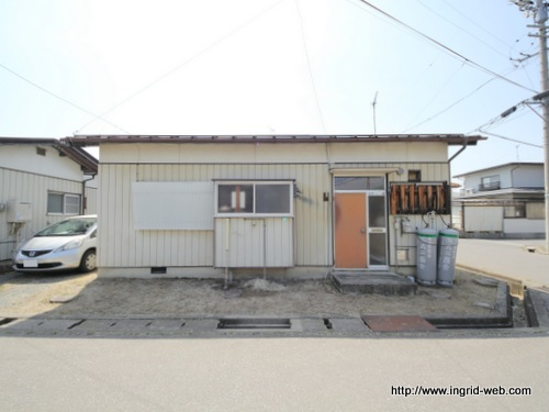 ●岡田貸家10